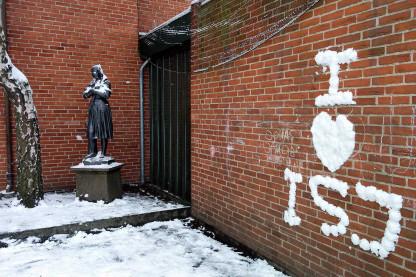 ISJ på væggen