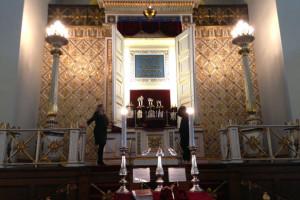 10.a besøgte synagogen